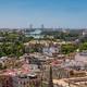 Sevilla lucha contra el calor con actividades nocturnas