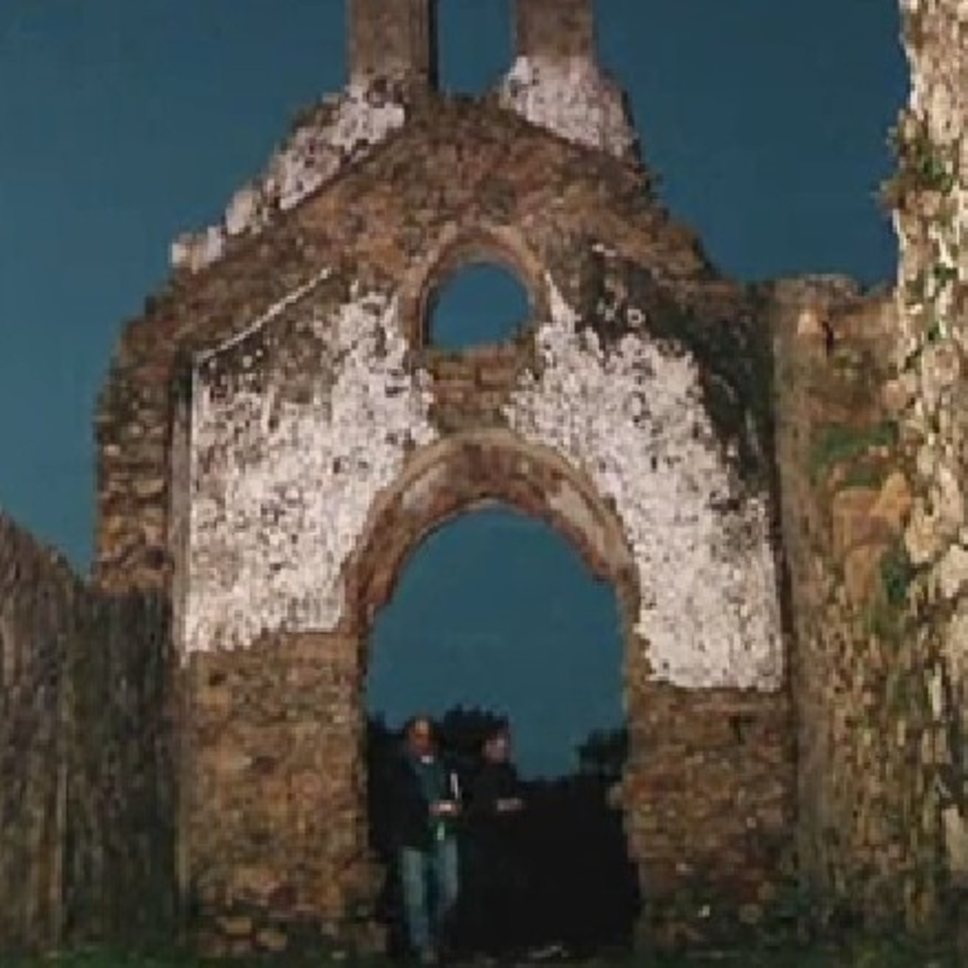 Cuarto milenio presencias inexplicables en la ermita de for Episodios cuarto milenio