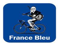 Le montage de l'igloo France Bleu.